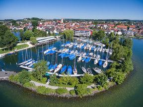 Luftaufnahme frisch renovierter Seehof